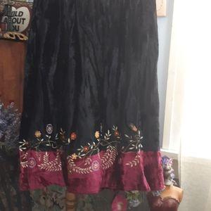 White stag crushed velvet skirt